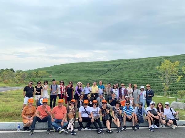 Khách hàng Tourhot24h.vn đặt tour Hoàng Sơn tứ tuyệt – Hàng Châu – Thượng Hải.