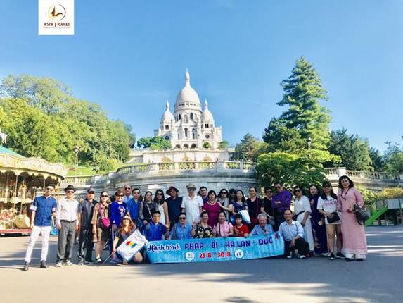 Khách du lịch đi Pháp, Bỉ, Hà Lan, Đức cùng Du lịch Á Châu.