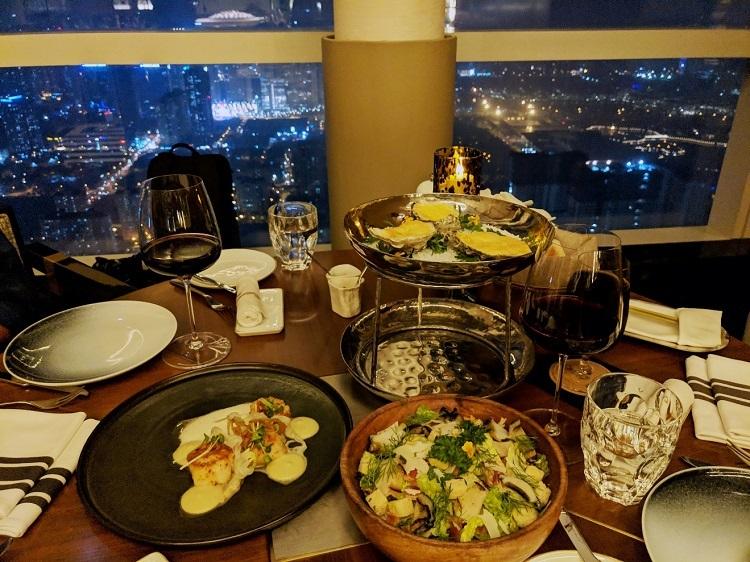 Bữa tối sang trọng tại nhà hàng cao nhất Hà Nội - InterContinental Hanoi Landmark72.