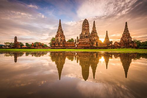 Ayutthaya là địa điểm du lịch quen thuộc với khách du lịch khi đến Thái Lan. Ảnh: Envato.