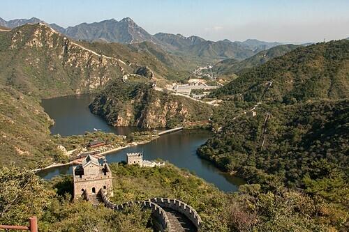 Huanghua Cheng có phong cảnh hùng vĩ. Ảnh: Piet Theisohn.