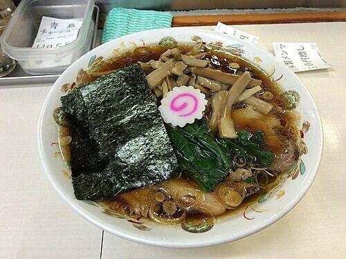 Món ramen nổi tiếng giúp nhà hàng Aoshima Shokudou đứng đầu trên nền tảng Wise Review. Ảnh: YELP/Yoshizawa Y.