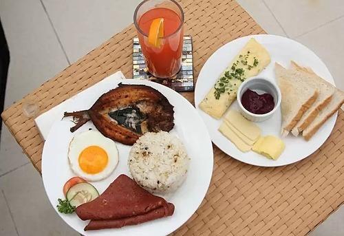 Một bữa sáng khách tự phục vụtại khách sạn. Ảnh: Wotif.