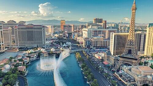 Las Vegas là thành phố của giải trí, ẩm thực và hoạt động về đêm. Ảnh: Lucky Photographer/Alamy.