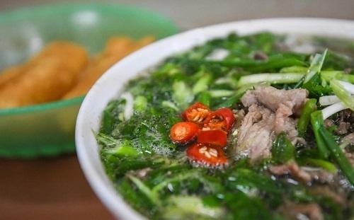 Phở Hà Nội không chỉ ngon mà còn là một vị thuốc sau khi vận động mệt mỏi.