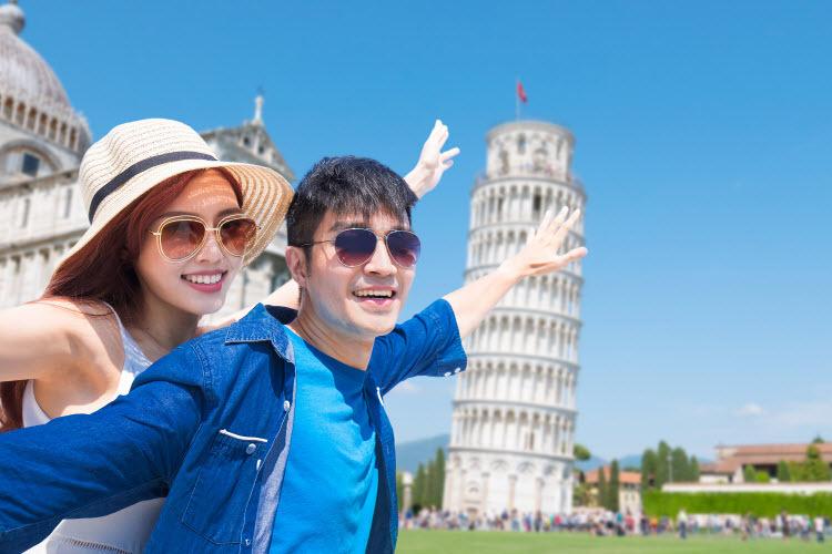 Không cần những chuyến bay dài, bạn vẫn có thể cùng người thân yêu dạo chơi quanh những thành phố nổi danh nước Ý.