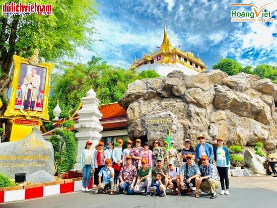 Thái Lan có nhiều ngôi chùa linh thiêng để khách du lịch ghé thăm.