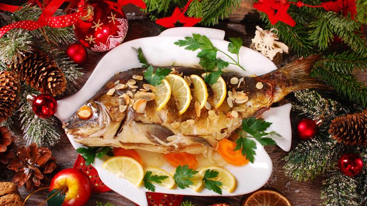 Cá chép - món ăn được cho là đem lại sự may mắn cho người dân. Ảnh: Kafkadesk.