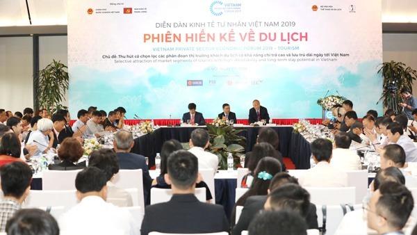Nhiều vấn đề du lịch cũng được đưa ra tại phiên hiến kế thuộc Diễn đàn Kinh tế tư nhân hồi tháng 5. Ảnh: Ngọc Thành.