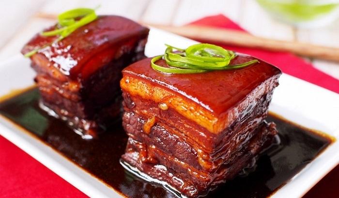 Món ăn này được đặt theo tên Tô Đông Pha. Nó gắn liền chặt chẽ với cuộc đời ông, cũng như lịch sử Hàng Châu. Ảnh: Sina.