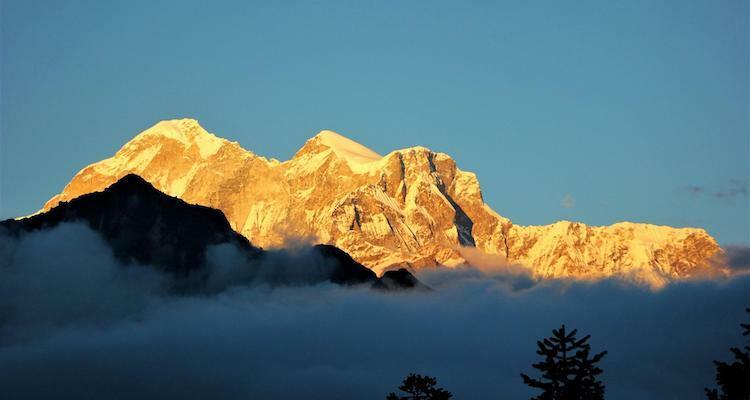 Đỉnh Gaurishankar (7.134m) là một phần của dãy Himalaya. Ngọn núi này được đặt theo tên của nữ thần Gauri trong đạo Hindu. Ảnh: NTNC.