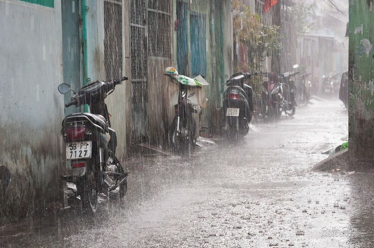 Mùa mưa không phải thời điểm lý tưởng để du lịch Việt Nam. Ảnh: Staffan Scherz/Flickr.