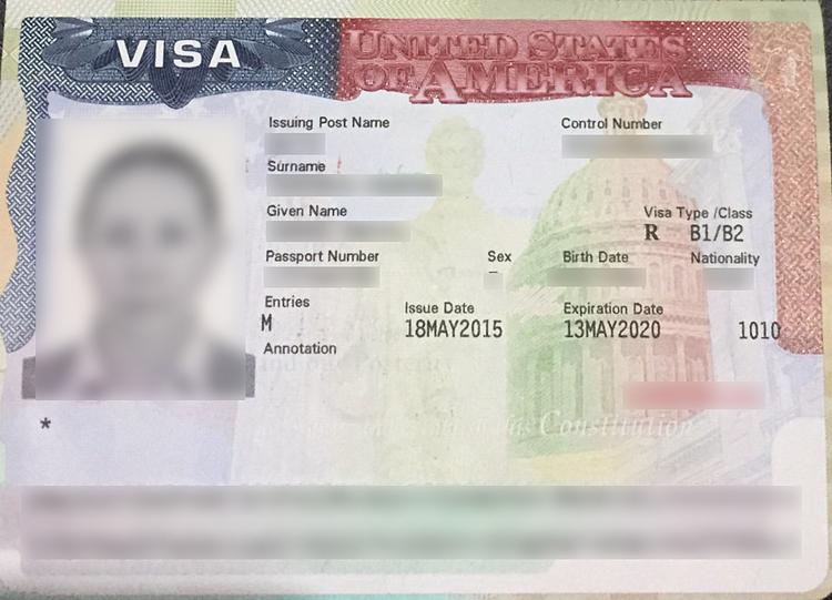 Để xin visa Mỹ, bạn cần có đầy đủ các loại giấy tờ chứng minh nhân thân và tài chính. Ảnh: Ivisa.