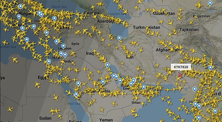 Mật độ các chuyến bay hoạt động trong không phận Iran và Iraq sáng 10/1. Ảnh: Flightradar24.