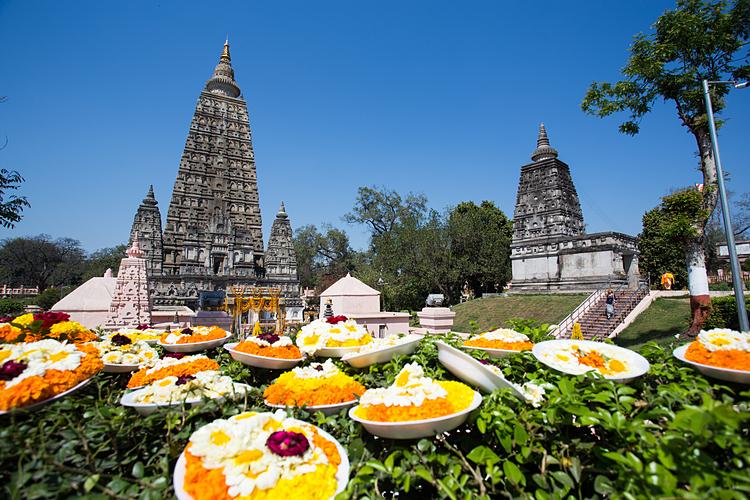 Bồ Đề Đạo tràng là điểm đến hút Phật tử thập phương.
