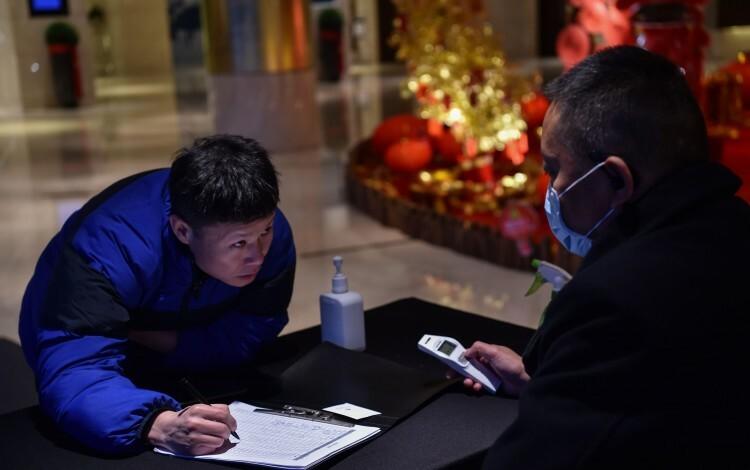 Hầu hết các cơ sở lưu trú cao cấp tại Trung Quốc nhấn mạnh họ đang theo dõi sát sao tình hình, tăng cường vệ sinh để đối phó với dịch bệnh, vì sự an toàn của khách và nhân viên. Ảnh:SCMP.