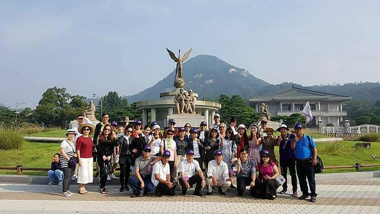 Đoàn tour của Tugo tại Hàn Quốc. Ảnh: Tugo.