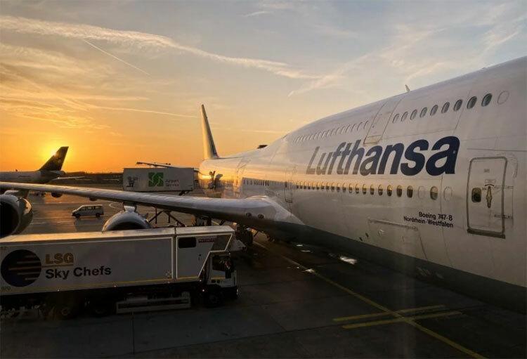 Theo dữ liệu trên trang Cirium, gần 10.000 chuyến bay trên khắp thế giới đến và đi từ Trung Quốc hay nội địa trong đại lục đã bị hủy trong 5 ngày kể từ 23/1.