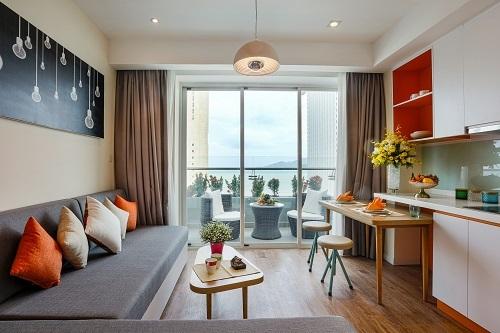 5. Căn hộ Ocean Studio có diện tích khoảng 54 m2 được bố trí 1 giường đôi và 1 giường sofa.