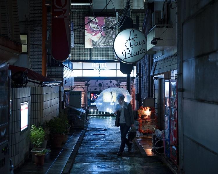 Love Hotel Hill là nơi tập trung nhiều khách sạn tình yêu tại quậnShibuya, Tokyo. Ảnh: Albert Bonsfills/National Geographic.