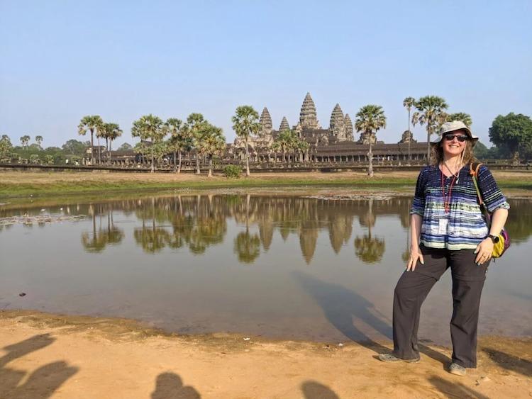 Opal chụp ảnh tại Angkor Wat. Hiện bà đang mắc kẹt tại thủ đô Phnom Penh. Ảnh:Opal Staudenmaier.