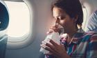 Nguy cơ phơi nhiễm Covid-19 trên máy bay