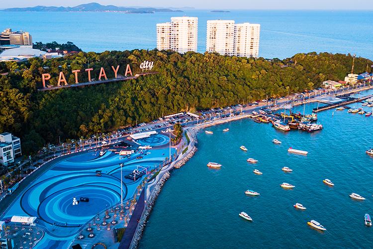 Thành phố biển Pattaya nhìn từ trên cao. Ảnh: kamomeen/Shutterstock.