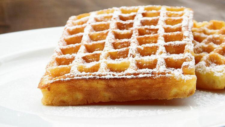 Bạn có thể thử bánh waffle tại  quán Maison Dandoy tại địa chỉ Rue Charles Buls 14,1000 Bruxelles. Ảnh: Pixabay/ Public Domain.