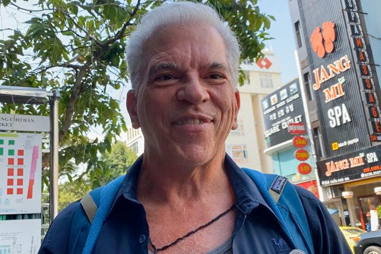 Du kháchông Jack Davis chia sẻ tin tưởng về các điểm đến ở Việt Nam. Ảnh: Khánh Vân.