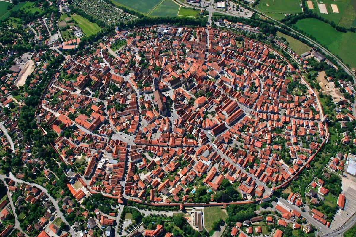 Thị trấn là nơi sinh sống của khoảng 20.000 người. Ảnh:Sohu.