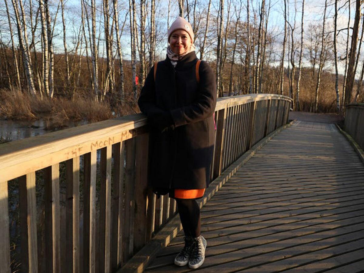 Heidi thường thích các buổi ra ngoài, đi dạo để nhìn ngắm thiên nhiên. Ảnh: Rachel Rosie/Insider.