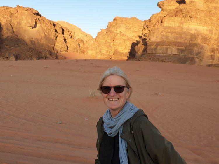17 ngày trong phòng áp lực âm tại bệnh viện Prime, Dubai kết thúc, Wendy có kết quả âm tính với nCoV sau bốn lần xét nghiệm. Cô hạnh phúc, khoẻ mạnh và lạc quan khi cuối cùng các bác sĩ đã tuyên bố khỏi bệnh. Ảnh:Wendy Hocking.