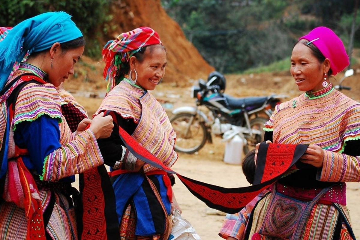 Dân tộc HMong là dân tộc sinh sống đông nhất ở Sa Pa. Ngoài ra còn có dân tộc Dao Đỏ, Tày, Giáy... Ảnh: Dreamstime.