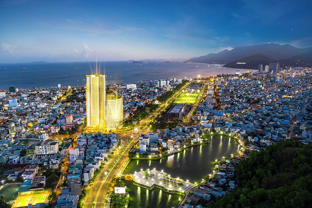 Phối cảnh Grand Center Quy Nhon ngay trung tâm thành phố biển.