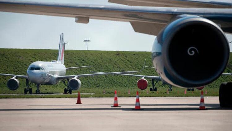 Giải mãnhững chuyến bay cất cánh khắp nơi trong Covid-19 - 2