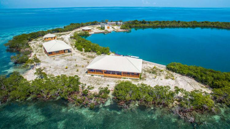 ĐảoNorth Saddle Caye ở Belize đang được rao bán với giá 5 triệu USD. Ảnh:Courtesy Private Islands.