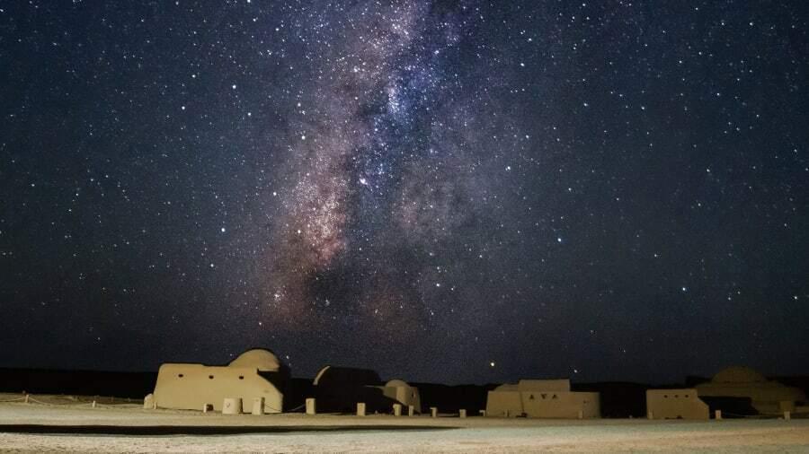 Vào mùa hè, dải ngân hà ở đây hiện lên rõ ràng nhất. Nó giống như ai đó đặt một tấm thảm sao lên bầu trời, nhiếp ảnh gia du lịch người Ai Cập Amr El mô tả. Ảnh: CNN.