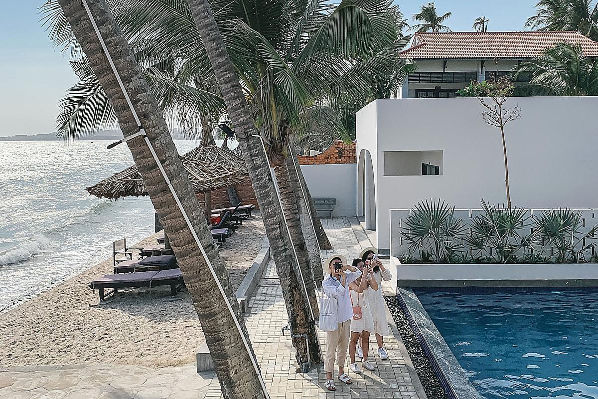Các resort ven biển được nhiều du khách ưa chuộng khi nghỉ dưỡng tại Phan Thiết - Mũi Né. Ảnh: Trần Lê Ngọc Thắng.