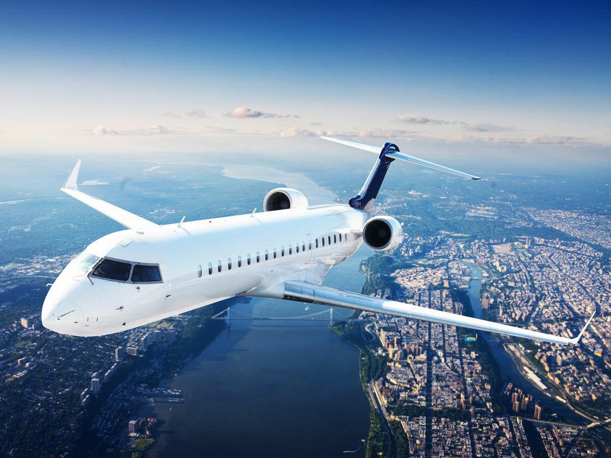Công ty cũng dự định mở các chuyến bay đường dài. Việc nới lỏng phong tỏa, giãn cách xã hội đang được nhiều nước áp dụng nên phương án này không khả thi bằng việc thực hiện các đường bay ngắn. Ảnh: Shutterstock.