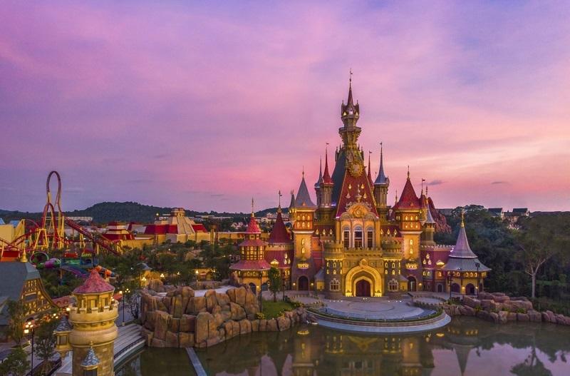 VinWonders Phú Quốc - Thiên đường giải trí mới khiến mùa hè đảo Ngọc trở nên bùng nổ hơn bao giờ hết