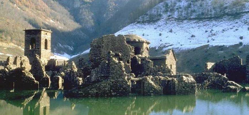 Phong cảnh hồ Vagli - 2