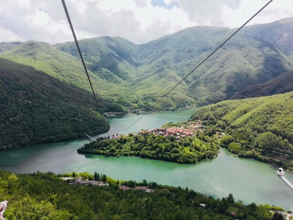 Phong cảnh hồ Vagli - 4