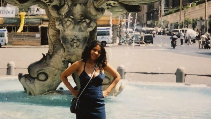 Hardingham trong chuyến du lịch mùa hè năm 2001. Ảnh: CNN.