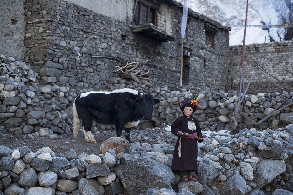 Những ngôi nhà đá của người Drokpa. Ảnh: Mattia Passarini.