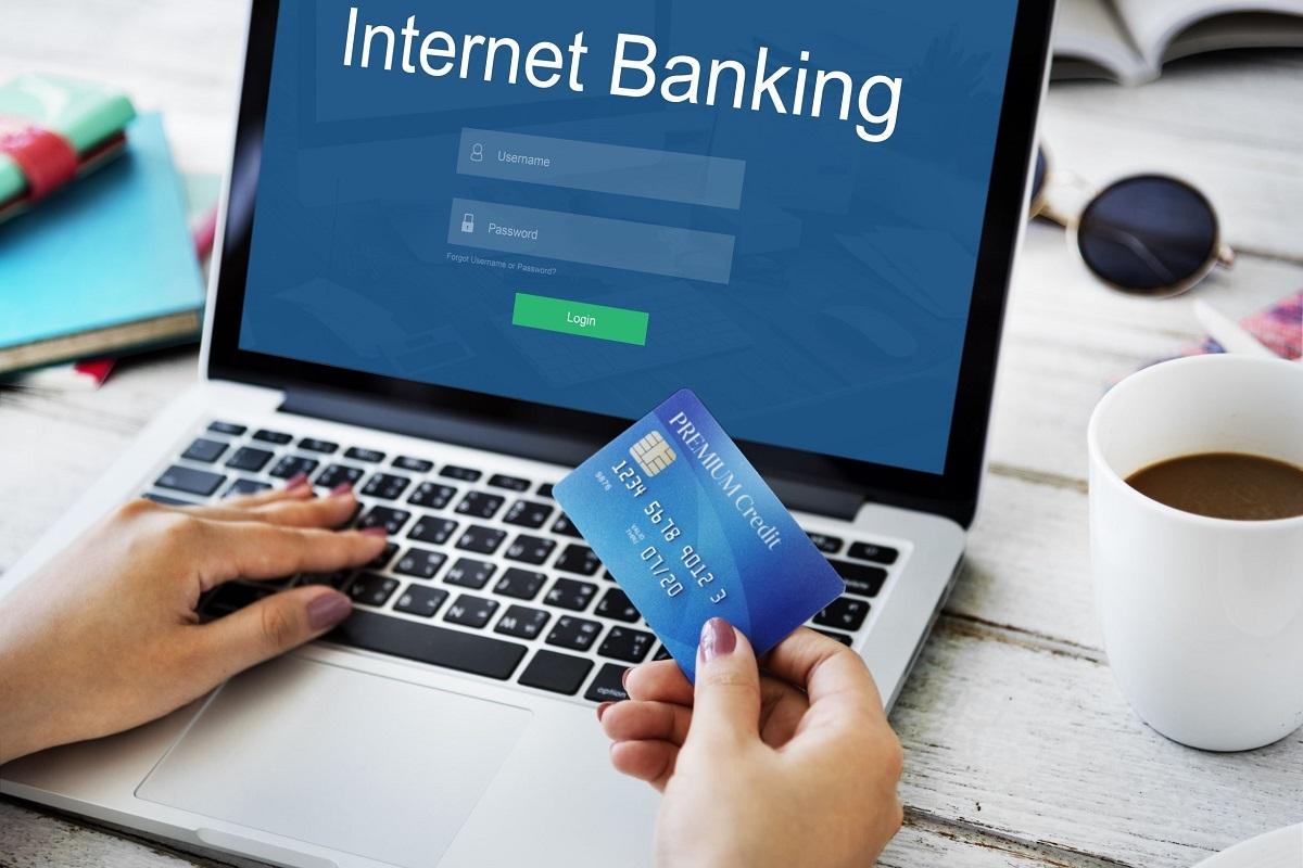 Giao dịch qua thẻ nhanh chóng và tiện lợi hơn. Ảnh: Shutterstock.
