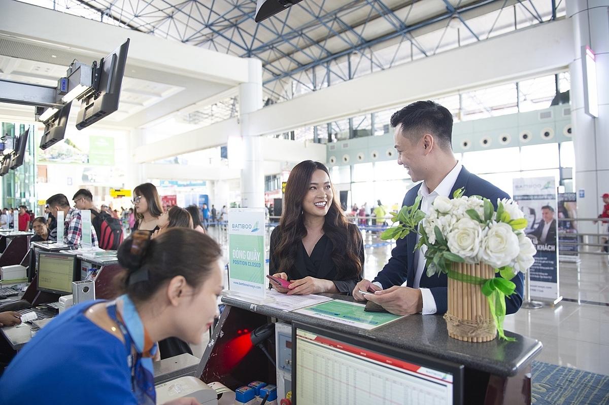 Do nhu cầu đi lại của người dân và du khách ngày càng tăng, các hãng hãng không đã mở thêm nhiều đường bay để đáp ứng nhu cầu đi lại. Ảnh: Nguyễn Nam.