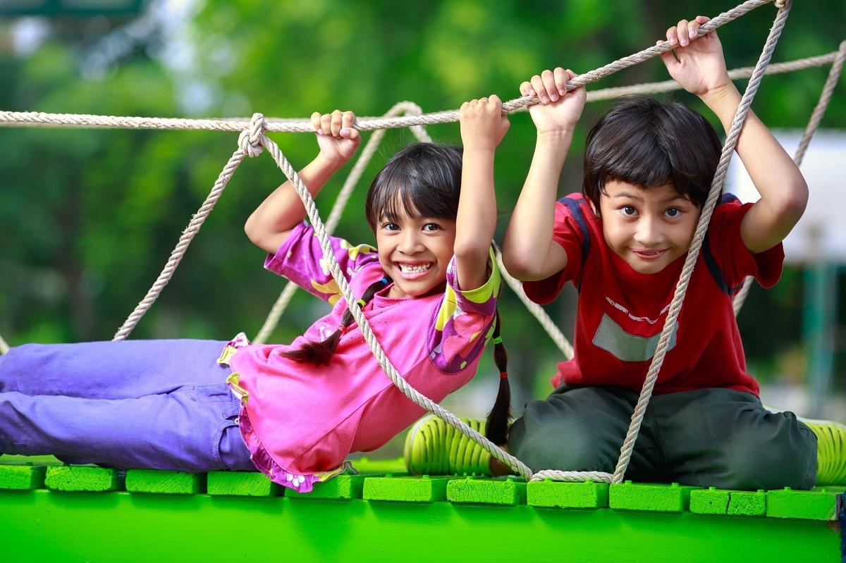 Du lịch là dịp gia đình cùng nhau khám phá, chia sẻ về thế giới xung quanh. Ảnh: Shutterstock.