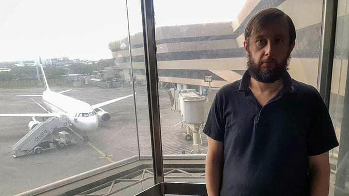 Từ Manila, Roman đã mua vé nối chuyến đến Cebu, Philippines vào cùng ngày 20/3 và một chuyến về Bangkok vào ngày 2/4. Tuy nhiên, cả hai chuyến này đều bị huỷ vì Covid-19. Ảnh: Viral Press.