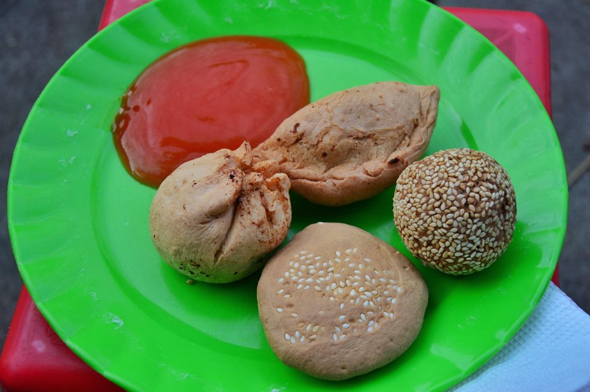 Những món ăn vặt dưới 7.000 đồng ở Huế - 6