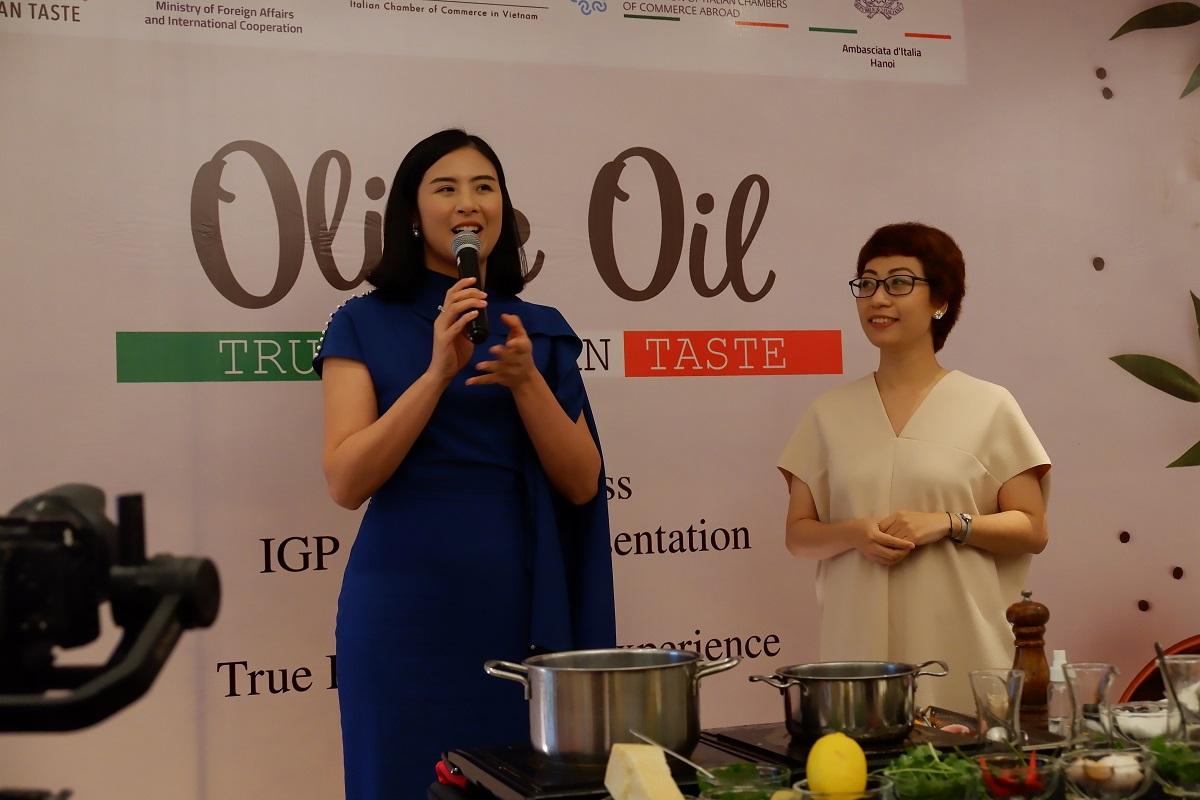Hoa hậu Ngọc Hân, đại sứ thương hiệu True Italian Taste tại Việt Nam và Phan Anh Esheep, admin nhóm Yêu bếp với hơn một triệu thành viên.